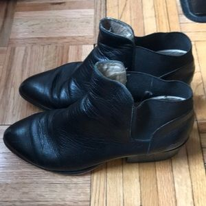 House of Harlow Shoes size 7